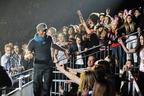 Image 6: Enrique Iglesias at the Jingle Bell Ball