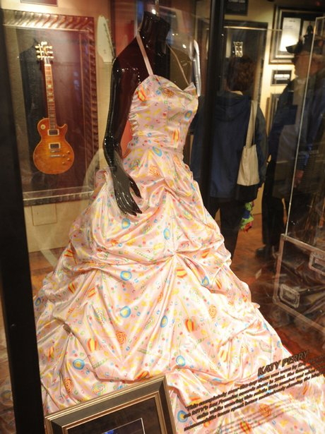 Katy Perry's dress