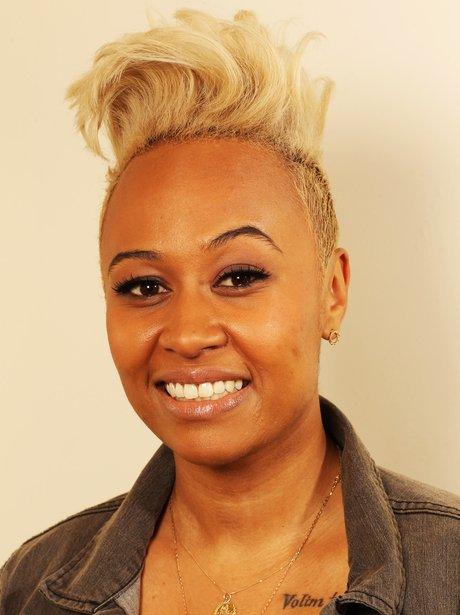 Emeli Sande's blonde hairstyle