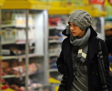 One Direction shopping in Tesco