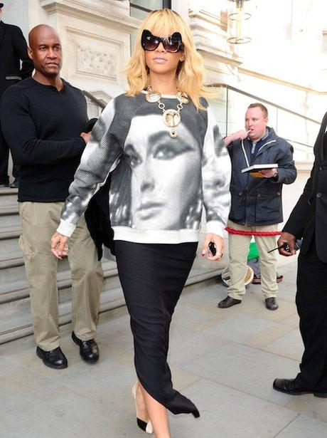 Rihanna wears Elizabeth Taylor jumper