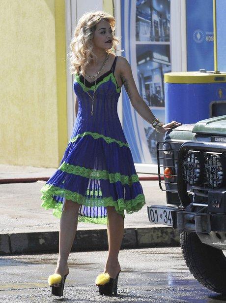 Rita Ora filming new video