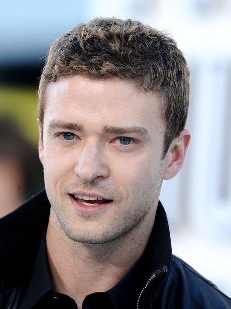 Justin Timberlake with scruffy hair at the VMAs