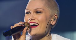 Jessie J Chester Rocks