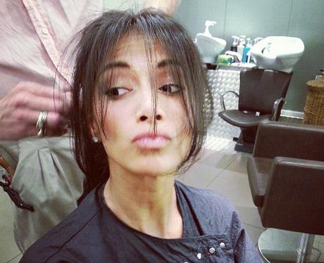 Nicole Scherzinger getting a hair cut insatgram