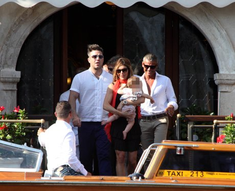 Robbie Williams with his family in Italy