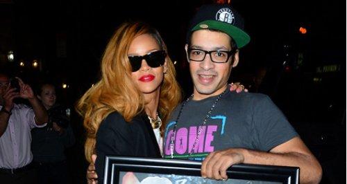 Rihanna Fans