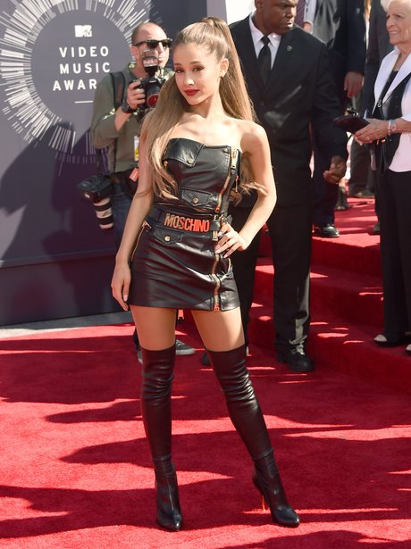 Ariana Grande MTV VMA 2014 Red Carpet