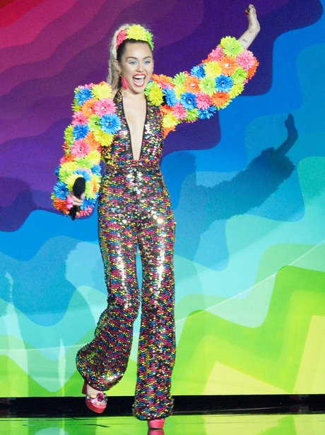 Miley Cyrus MTV VMA's 2015