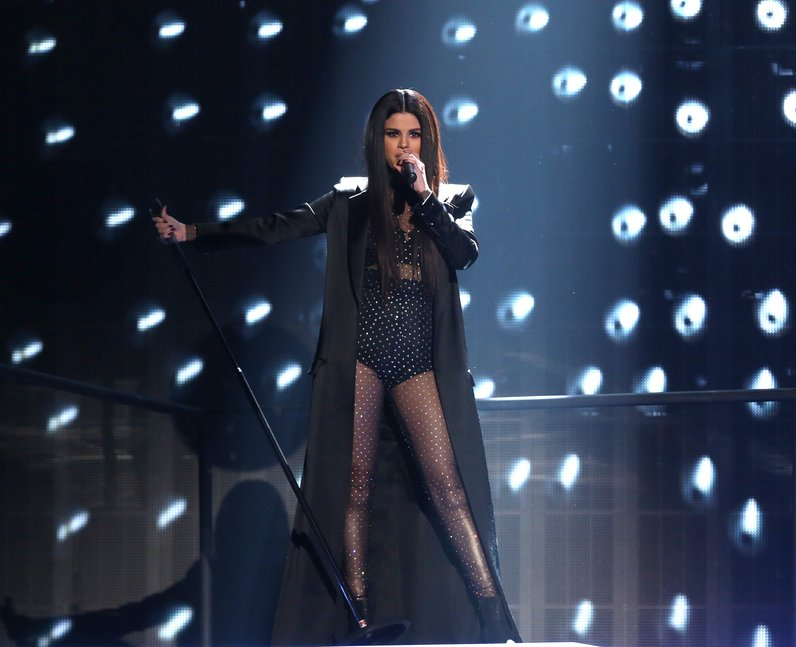 Selena Gomez American Music Awards 2015 Perfromanc