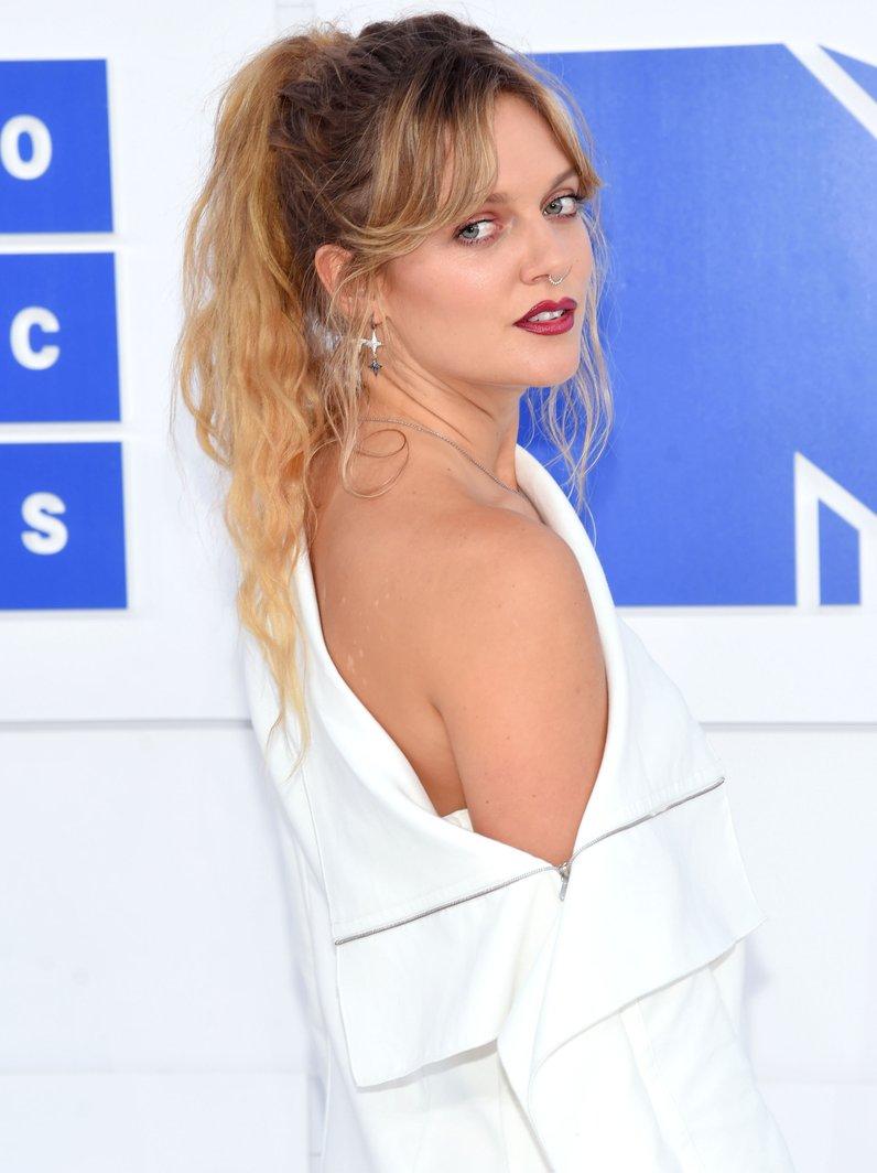 Tove Lo MTV VMAs Red Carpet Arrivals 2016