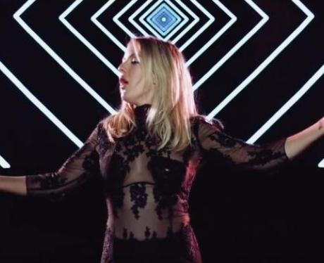 Ellie Goulding Still Falling For You Video